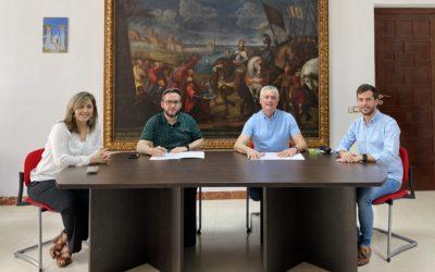 Firma de convenio de colaboración en desarrollo turístico y promoción cultural entre los Ayuntamientos de Fernán Núñez y Santaella
