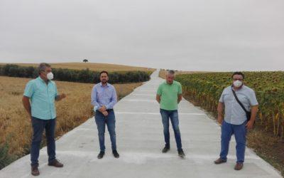 La Diputación realiza obras de mejora en el camino 'De las Zorreras' de Fernán Núñez
