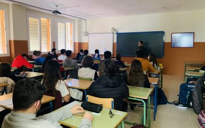 Se desarrollan numerosas conferencias sobre micromachismos y nuevas masculinidades en los institutos de Fernán Núñez